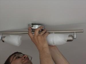 Установка натяжных потолков и подготовка помещения
